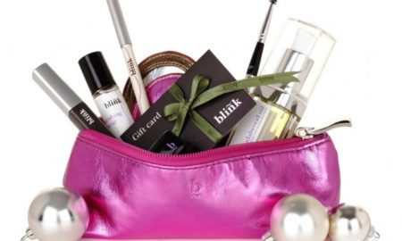 6 Makeup products for the Christmas