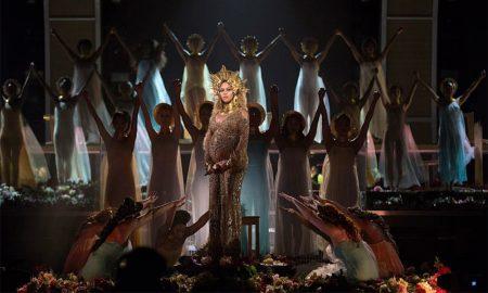 Beyonce at Grammys 2017